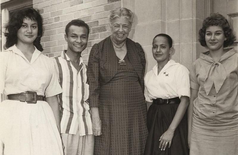 Eleanor Roosevelt with 1946 Encampers